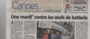 Manifestation avec L214 contre les oeufs de batterie super U à Cannes